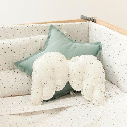 star pillow angel wings pillow pattern?      cojín pequeño de estrellita verde Beautiful childrens decor