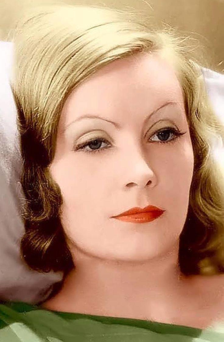 Greta Garbo en una foto publicitaria de MGM