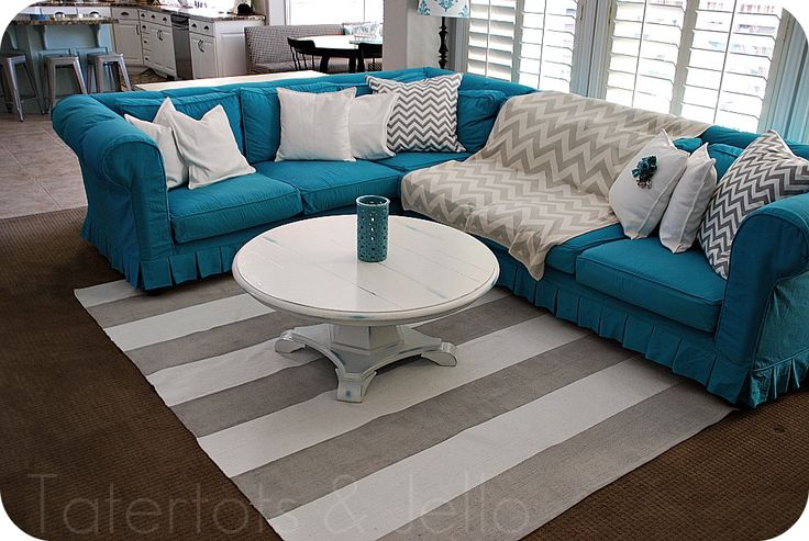 <3 this setup for a small livingroom :) Must try this for my apartment !!