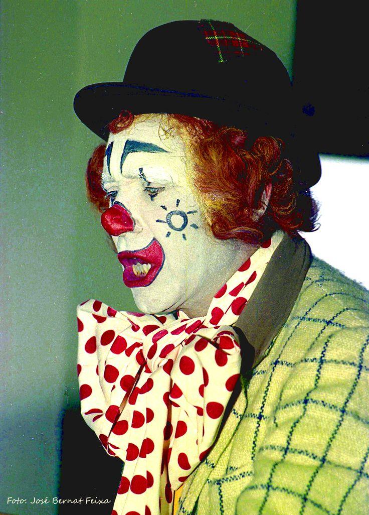 Opening in 1975 kantoor van Bank Vlaer & Kol in Hoog Catharijne, Utrecht -Pipo de clown-