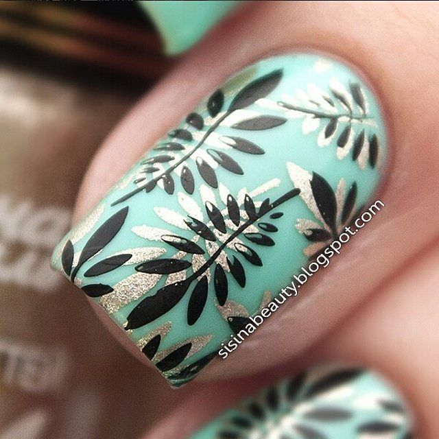 "Super Amazing Double Stamping Leaf Manicure By @sisina_beauty Stamping plate BP-L001(#17919) from www.bornprettystore.com . Use code ""BPSQ10"" to enjoy 10% Off for your order. #bornprettystore#bpsnailart #leaf#nailart#stamping#stampingnails#"