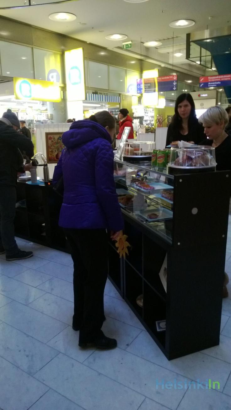 Cafe Lisbon at Kamppi Kauppakeskus served Portuguese pastries.
