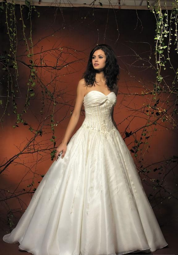 Wedding Dresses A Line With Sleeves Red Princess