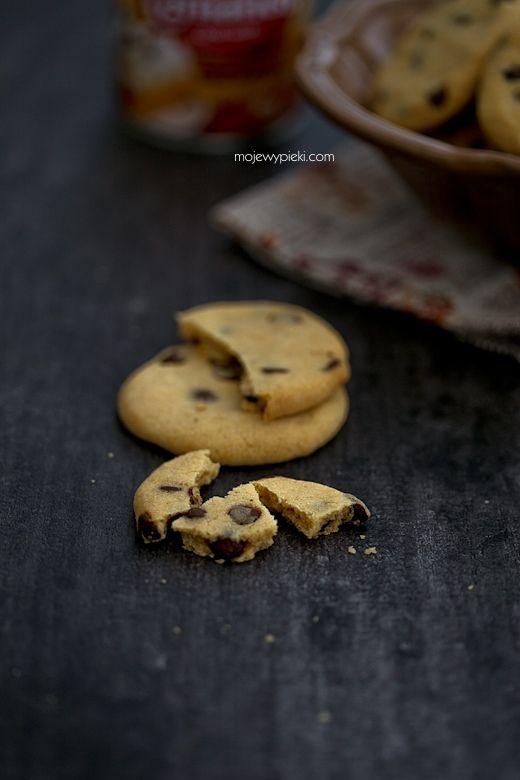 Plätzchen mit Dulce de leche und Schokolade