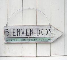 Letreros vintage con flecha | BIENVENIDOS ENTRE CON BUENA ONDA