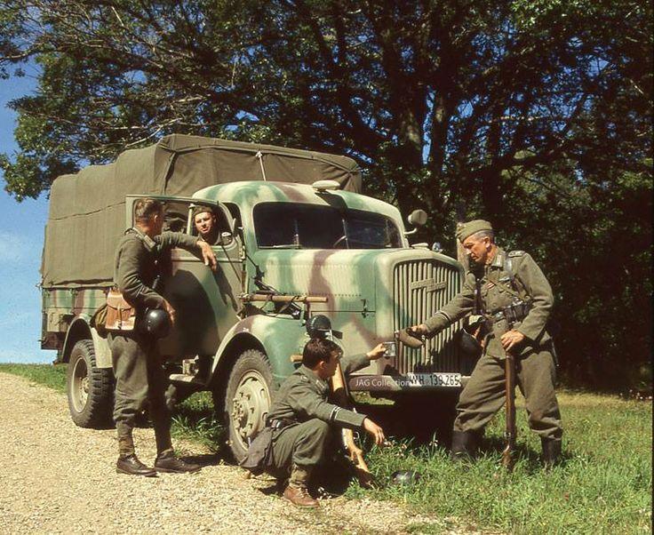107 besten 1938 mercedes benz wehrmacht military staff car for Mercedes benz of buckhead staff