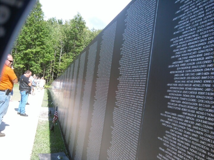 traveling vietnam wall - Who Designed The Vietnam Wall
