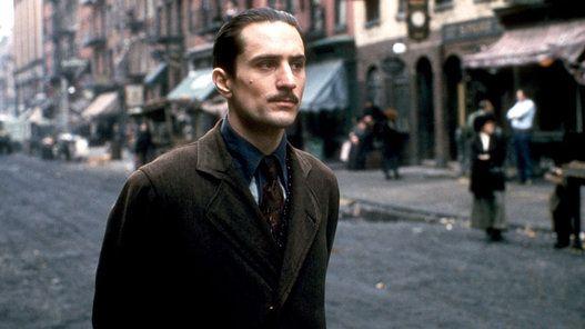 O Poderoso Chefão: Parte II (1974) Ganhou 6 Oscar: melhor filme, ator coadjuvante (Robert De Niro), diretor (Coppola), roteiro adaptado, direção de arte e trilha sonora