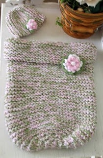 Baby Cocoon - Knitting Pattern