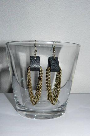 Boucle d'oreille cuir noir avec pendentif chainette métal