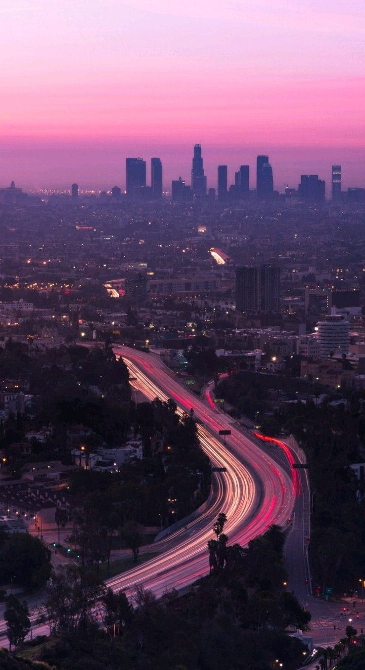 Pin By Iyan Sofyan On City Buildings City Aesthetic Los Angeles Wallpaper Los Angeles Iphone Wallpaper