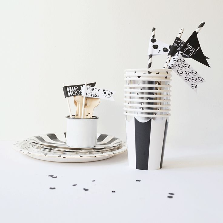Black & White Party | Panda themed birthday party! | Free printable