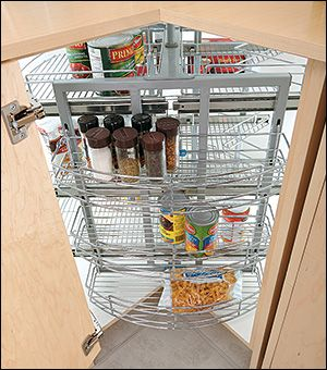 Pull-Out Corner Carousel - Lee Valley Tools