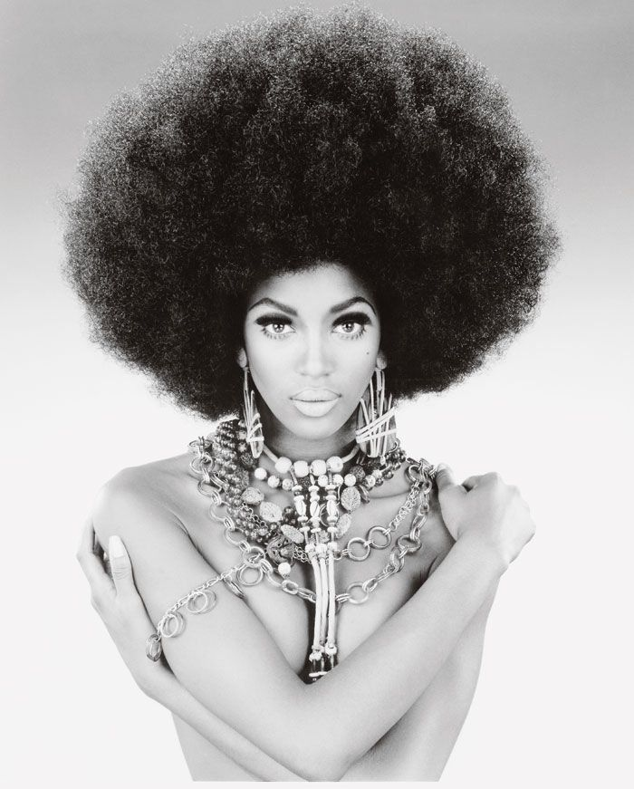 70s Hairstyles Inspiration 70s In 2019 Naomi Campbell Beautiful