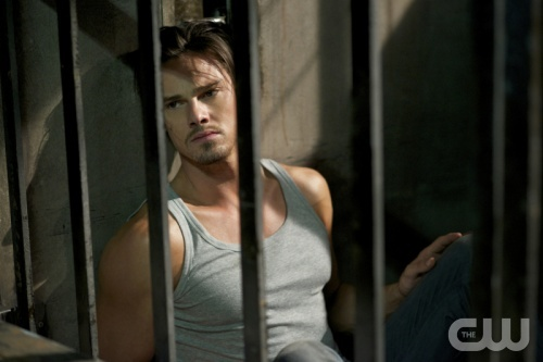 """OMG HE IS HOT!!!!   Beauty and the Beast -- """"Out of Control"""" -- Pictured: Jay Ryan as Vincent  -- Image Number: BB105b_0152r.jpg -- Photo: Sven Frenzel/The CW -- © 2012 The CW Network, LLC. All rights reserved."""