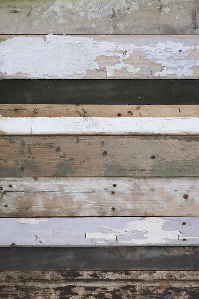 Floor, wall or ceiling treatment :) love it!Studio Ditte Behang sloophout zwart/wit - wonenmetlef.nl