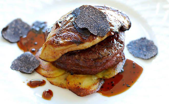 The classic Tournedos Rossini with #foiegras and #truffles. #Recipe at dartagnan.com