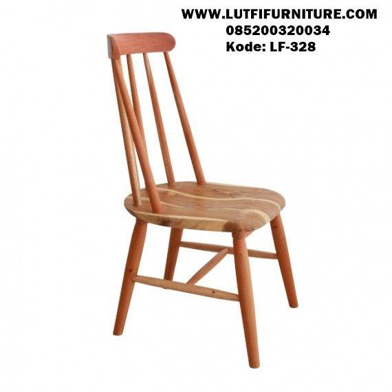 Kursi Cafe Murah minimalis adalah salah satu produ kursi cafe yang didesain menggunakan bahan kayu mahoni terbaik finishing natural elegan.