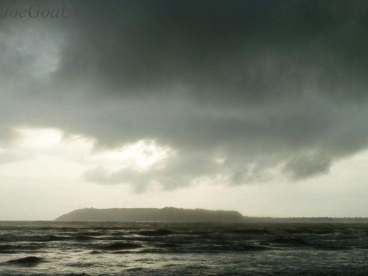https://flic.kr/p/cdDabJ | Rains | Miramar beach 11.6.12 6pm Rain clouds over Aguada bay