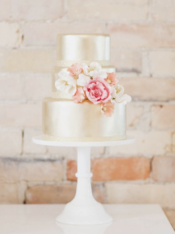 shimmery gold tiers