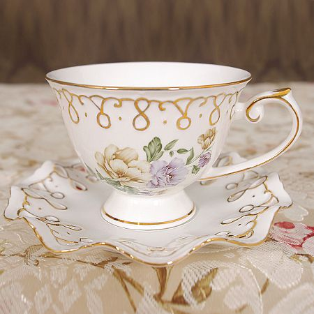 New arrival gold luxury quality cutout english coffee cup and saucer set fashion bone china black tea cup and saucer tea set(China (Mainland))