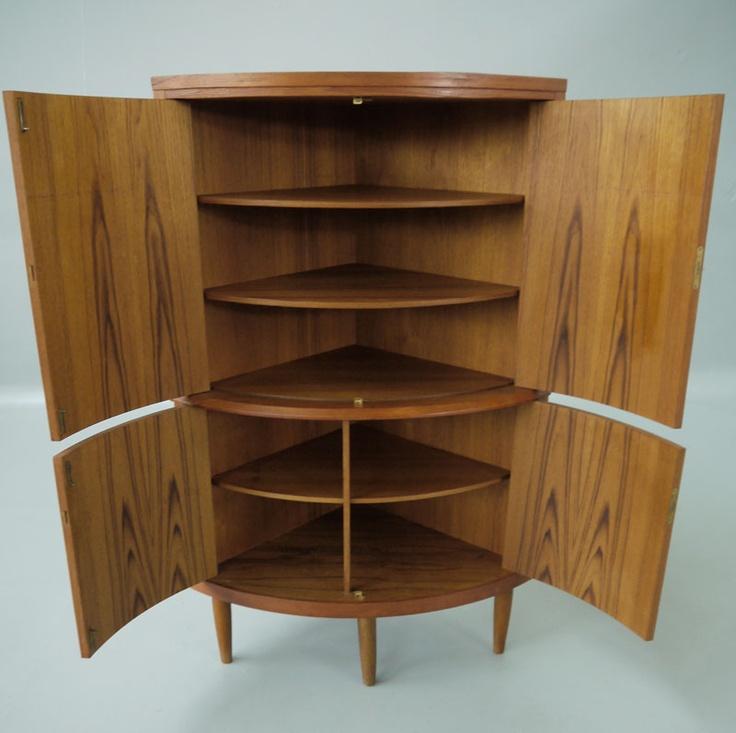 Danish Modern Furniture, Scandinavian Furniture, Vintage Furniture, Corner  Cabinets, Refurbishment, Modern Classic, Danishes, Man Cave, Skinny