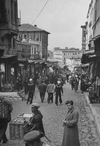 ✿ ❤ Bir zamanlar İSTANBUL,  Mahmutpaşa 1947