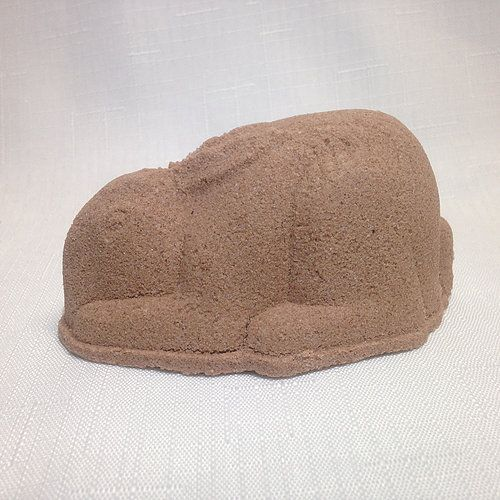 Bath Bomb for Easter! Helps cleans the body form all that chocolate. 150g By Fizzed au