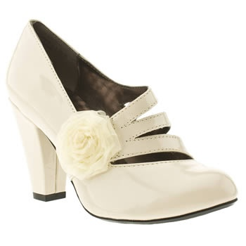 Omfg Can T Believe These Are Hush Puppies Covet 70 Bridesmaid Shoesdream