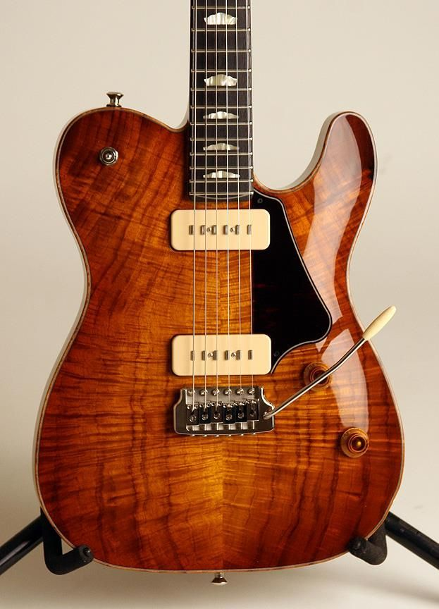 electricized: Thorn Custom Deluxe (90?) Maple, Mahogany, Korina Not sure it's a 90 because of the soapbar pups, but that's definitely a deluxe.