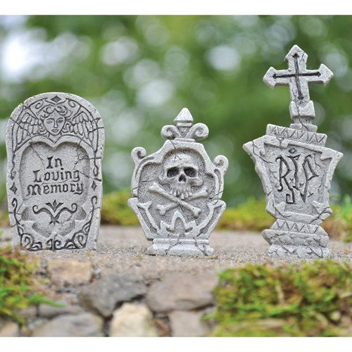Miniature Grave Stone Picks (Set of 3) - Keep them in your garden all year round, or bring them out to dress your Halloween garden. #fairygardeningaustralia