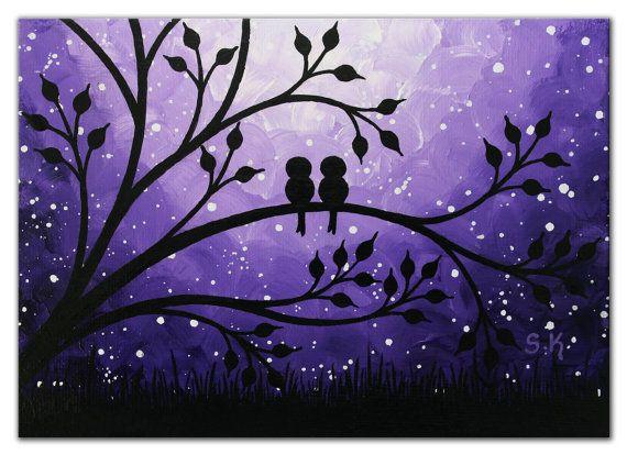 Peinture originale Mini doiseaux de lamour dans une belle nuit de stary. Parfait comme cadeau de mariage, cadeau de fiançailles et un merveilleux supplémentaires à votre bureau personnel, étagère, tablette murale décorative dans votre maison ou bureau. Titre: « jamais seul » Dimensions: 5 x 7 pouces panneau de toile Matériaux : Acrylique, panneau de toile, vernis brillant. Couleurs dominantes : nuances de violet, noir et blanc Livré avec le Mini chevalet pour laffichage ! Navires après ...