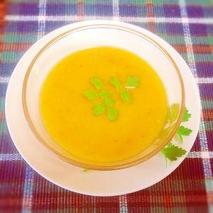 楽天が運営する楽天レシピ。ユーザーさんが投稿した「【簡単】南瓜のポタージュ【圧力鍋・裏ごしいらず】」のレシピページです。お鍋一つで裏ごしいらず、圧力鍋で作ります。かぼちゃスープ、ポタージュ。かぼちゃ,玉ねぎ,ベーコン,オリーブ油,小麦粉,コンソメ顆粒,水,牛乳,黒胡椒,砂糖