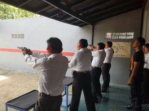 Kasat Reskrim Memberikan Arahan Bawak Senjata Api