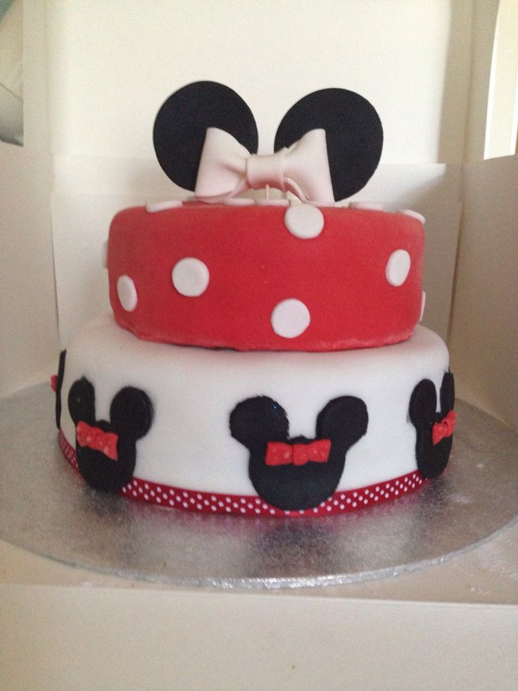 Minnie Mouse birthday cake - chocolate