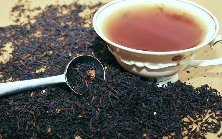 tè nero e latte per rinforzare le ossa
