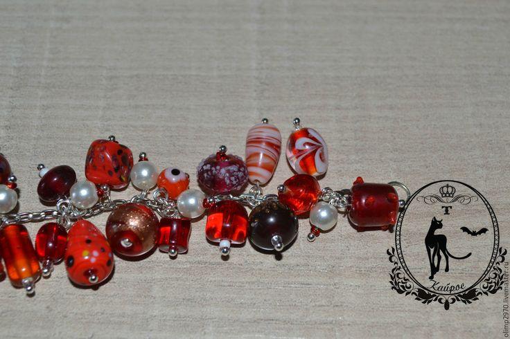Купить Браслет - ярко-красный, браслет, браслет на руку, браслеты, браслет с подвесками