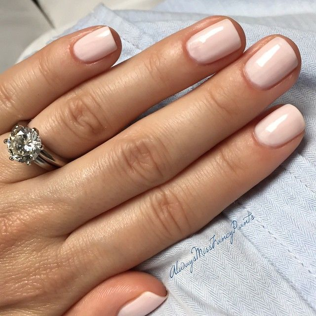 Midweek manicure  I am in love with this gorgeous color Thank you my gorgeous @by_md for the inspiration and for the nail polish  #manicureoftheday