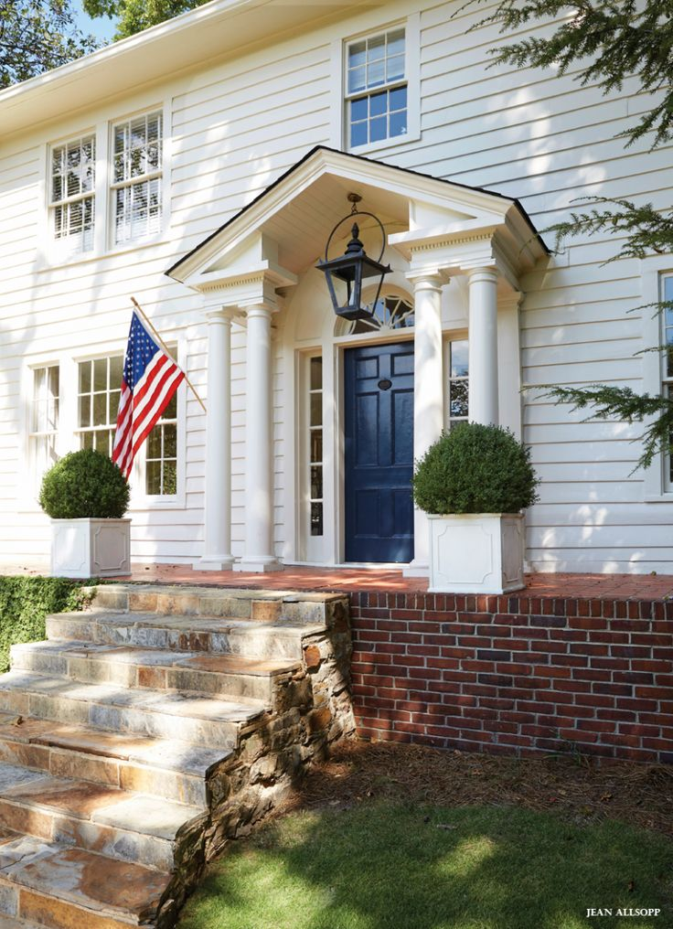Best 25 colonial exterior ideas on pinterest colonial for Front doors for colonial homes