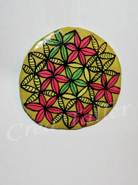 Imán Flor de la vida Técnica: papel maché + pintura acrílico