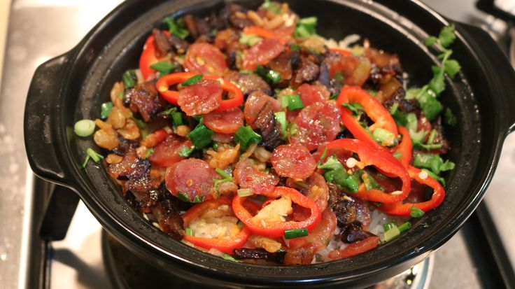 This claypot rice recipe is easy to make once you have the tools! Clay pot rice (煲仔饭 or bao zai fan in Chinese) is a famous Cantonese dish and is very versatile- you can put nearly anything in it! Give this recipe a try and enjoy the crunchy, savory and sweet taste of bao zai fan!