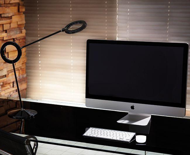 Amuleto para el despacho  #negro #apple #mac #black #student #work #deco
