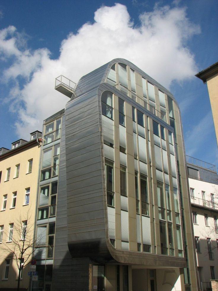 Slender-Bender / deadline > office for architectural services
