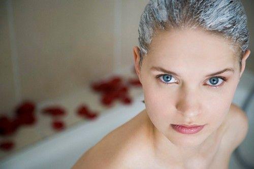 5 масок из кефира для осветления волос