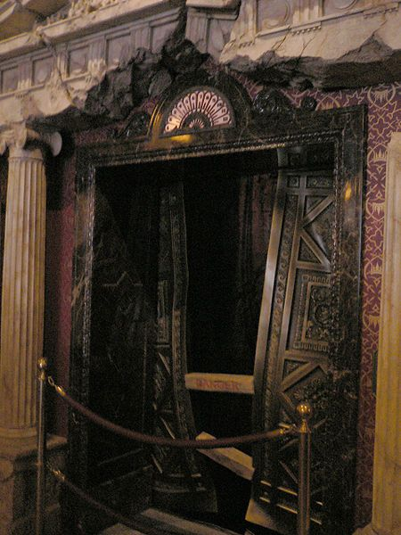 17 best images about haunted hotel project elevator and for Hollywood beach resort haunted
