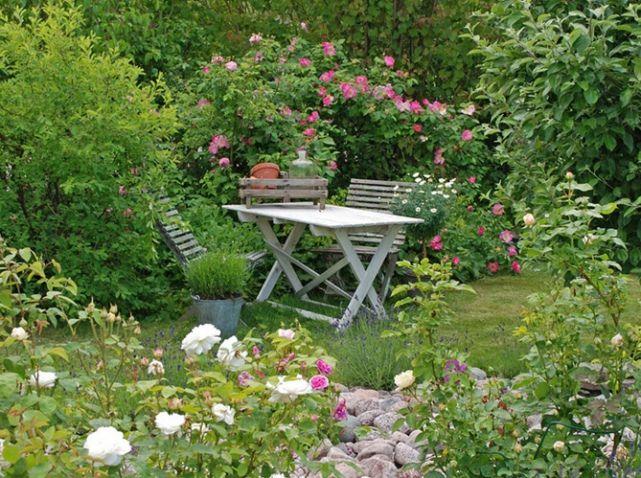Les 25 meilleures id es de la cat gorie jardin romantique for Jardins romantiques francais