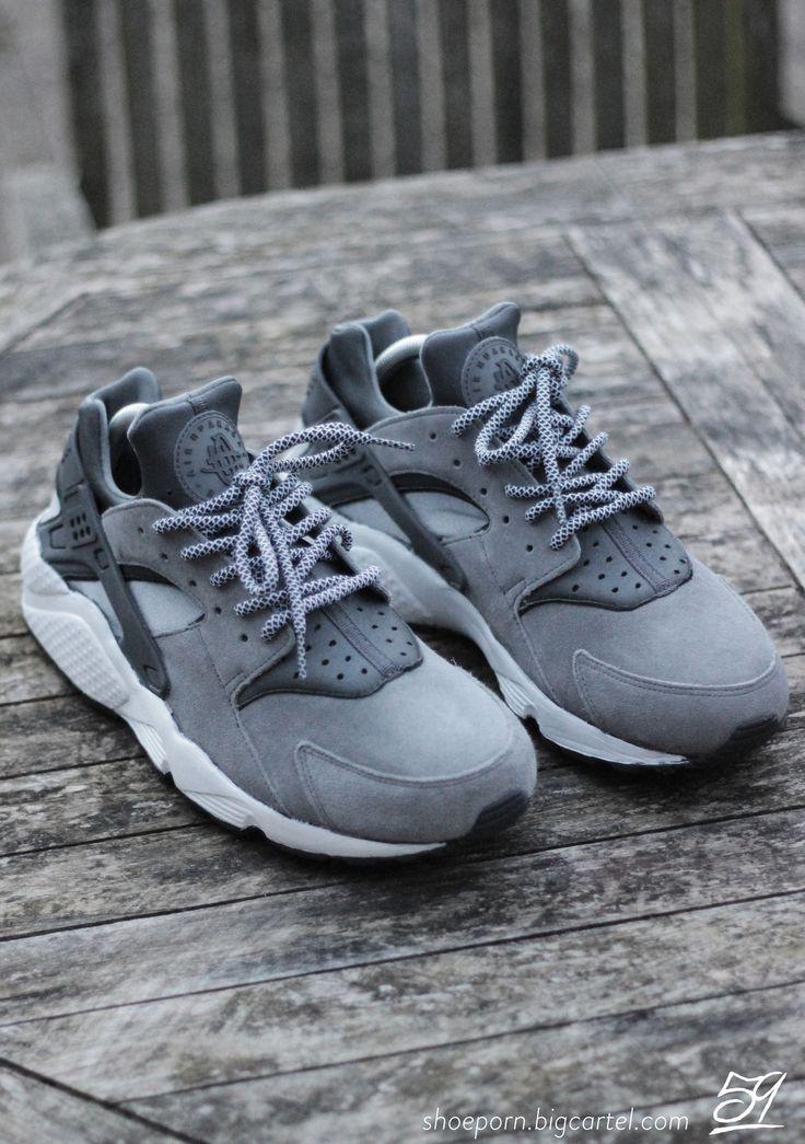 Nike Huarache Grises