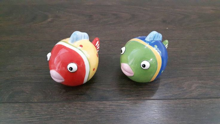 Vintage fish salt and pepper shakers ceramic tropical fish by TheYoungAntiquers on Etsy