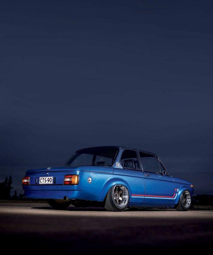 76 Bmw 2002 Modified: Tony Suominen's BMW '76 1502 Powered By A Honda S2000
