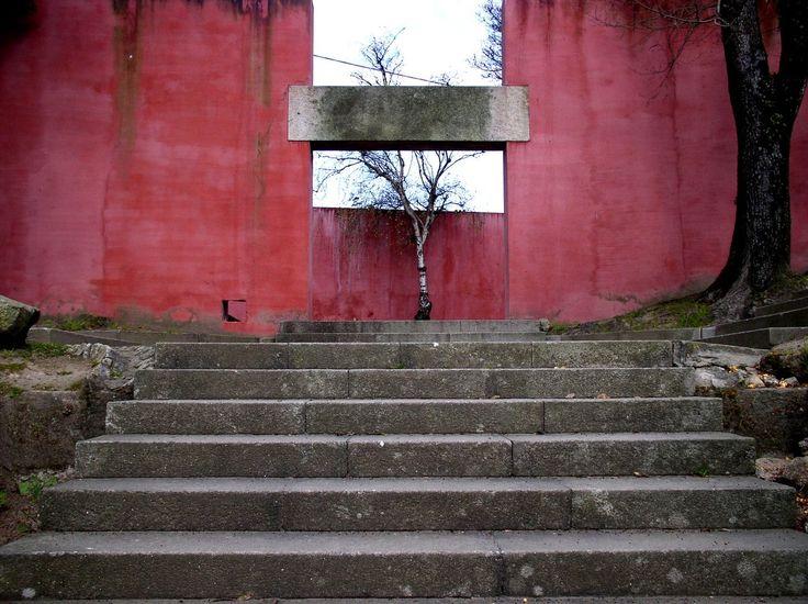"""acidadebranca: """" onsomething: """" Fernando Távora   Quinta da Conceição, 1960 Porto. """" 1956-1960   Fernando Távora Pavilhão de ténis e arranjos exteriores na Quinta da Conceição, Matosinhos, Portugal """""""